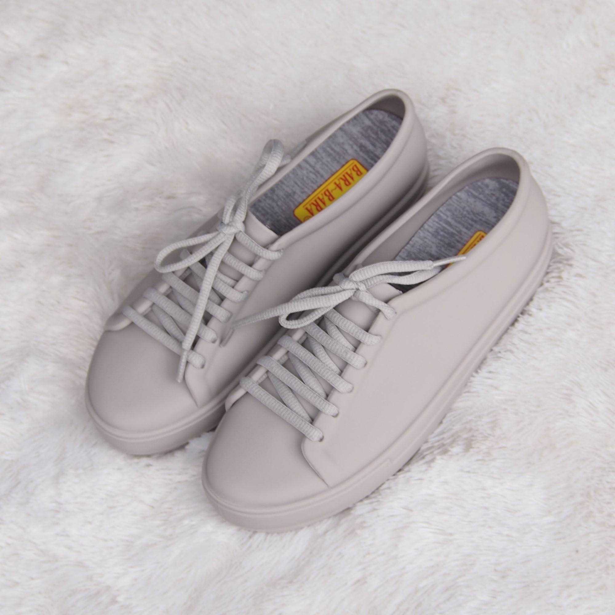 ... Bara - Bara Jelly Shoes Sneakers Wanita Sporty JLBR01 Warna Dikirim Random ...