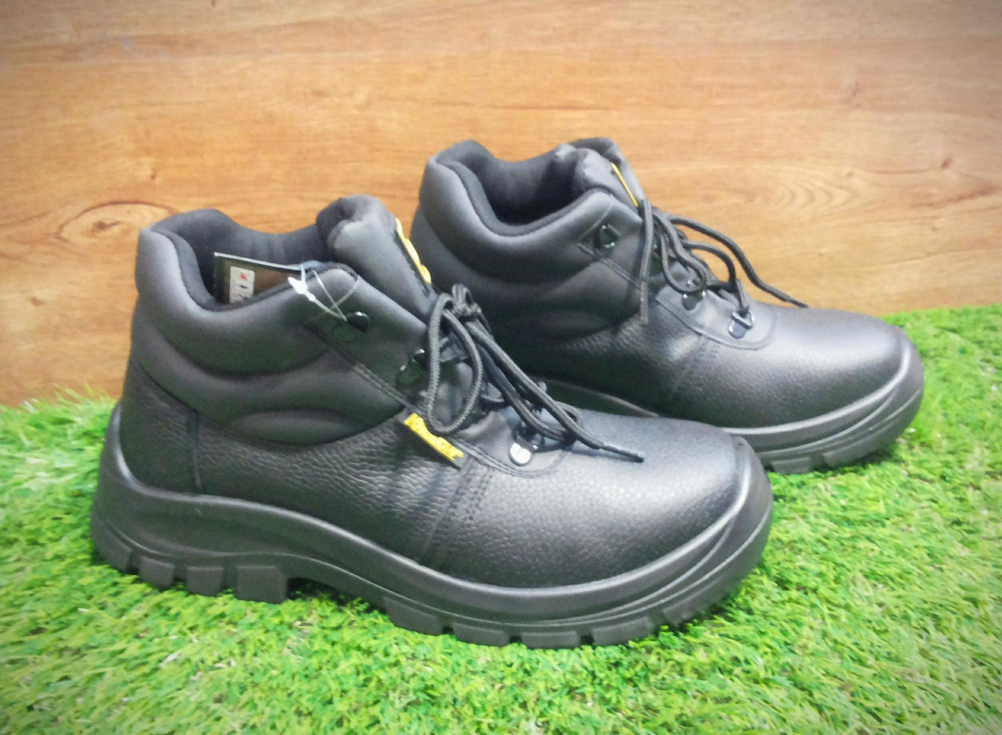 Safety shoes krisbow tipe Maxi 6 inch sepatu pengaman krisbow tipe MAXI 6 inch