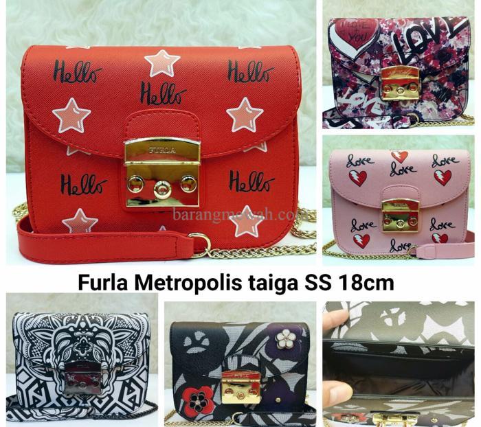 EXCLUSIVE Tas Furla Metropolis Taiga Semi Premium Sling Bag Kecil Mura