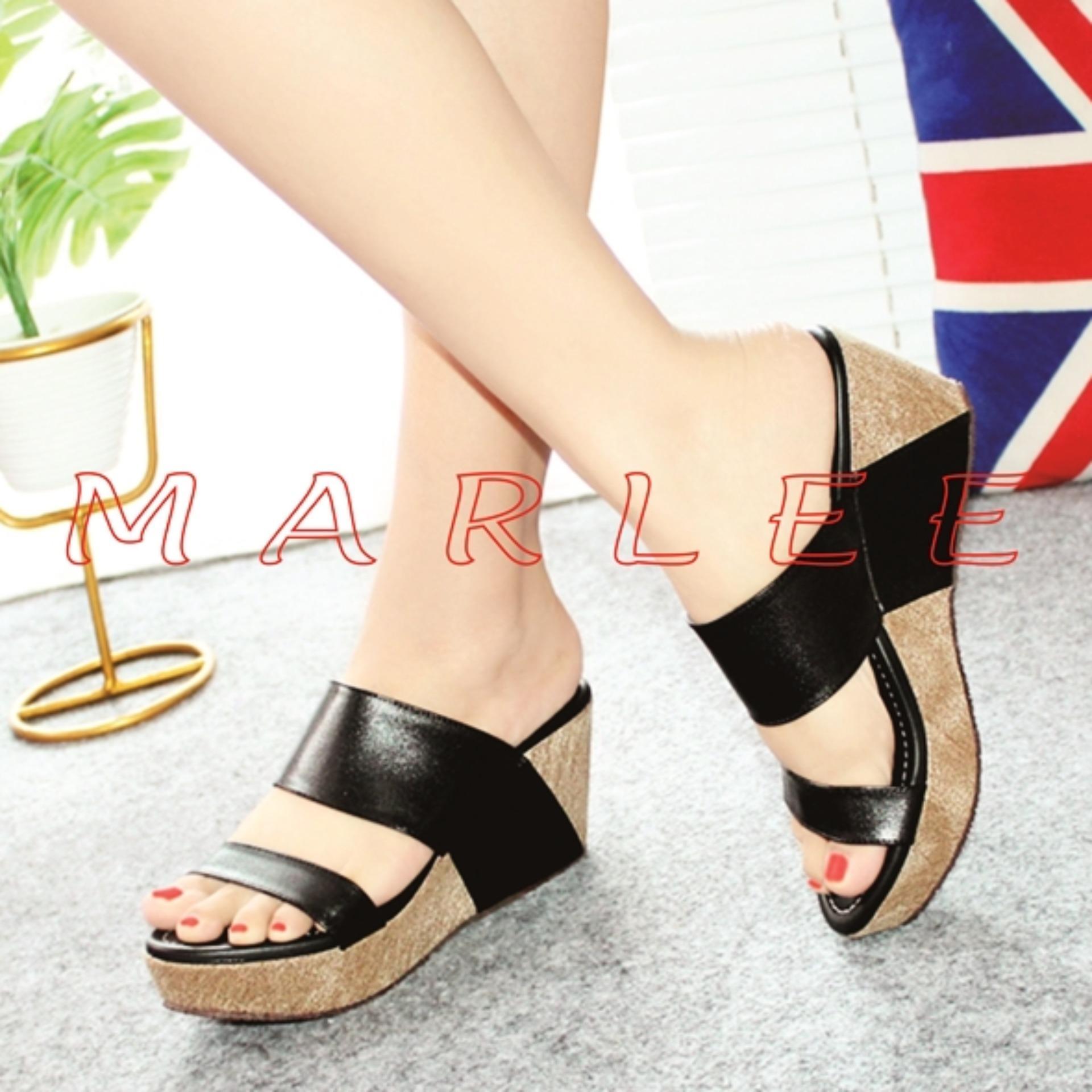 Hanna Marlee Wedges Sandal HM-02 Hitam .