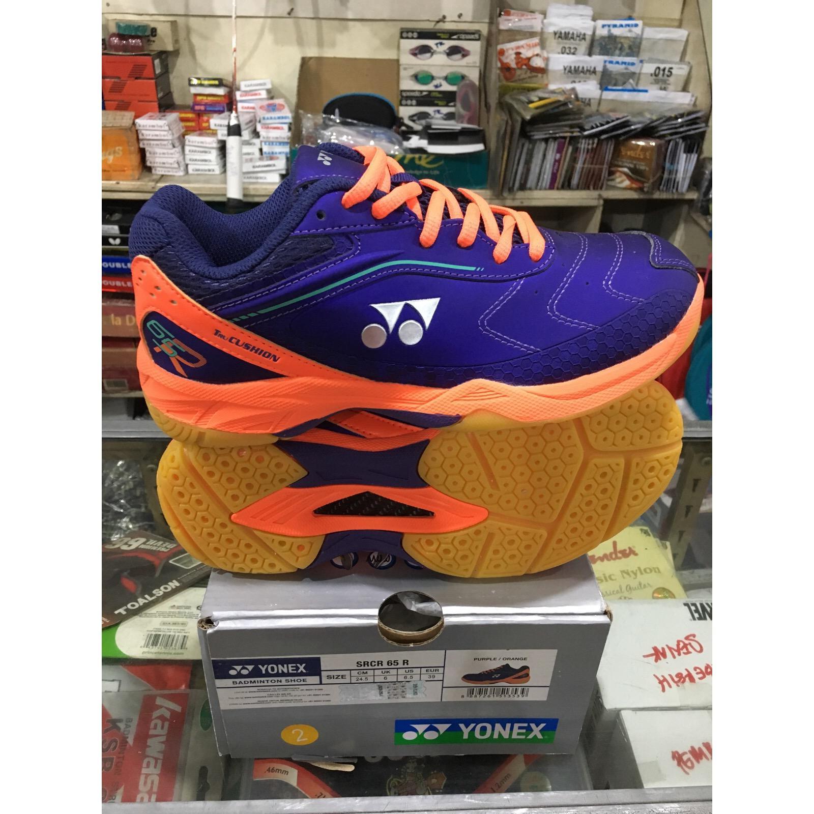 Yonex SRCR 65 R Sepatu Badminton (Purple/Orange)