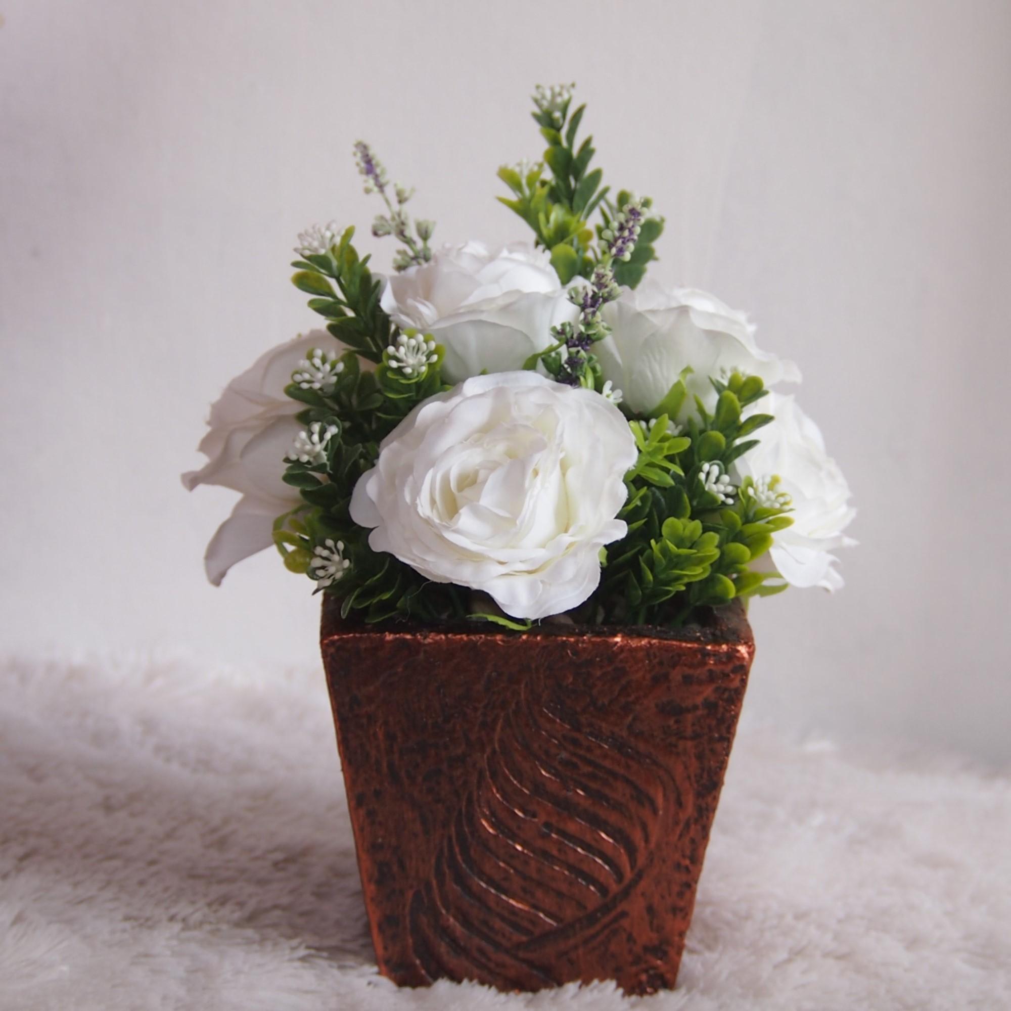 Bunga Dekorasi Dan Pajangan - Bunga Hiasan Meja - Bunga White Ros Vas Kayu TPK006