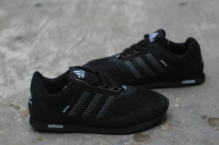 Sepatu sekolah laki-laki spring blade hitam polos murah / Sepatu sneakers casual Laki-