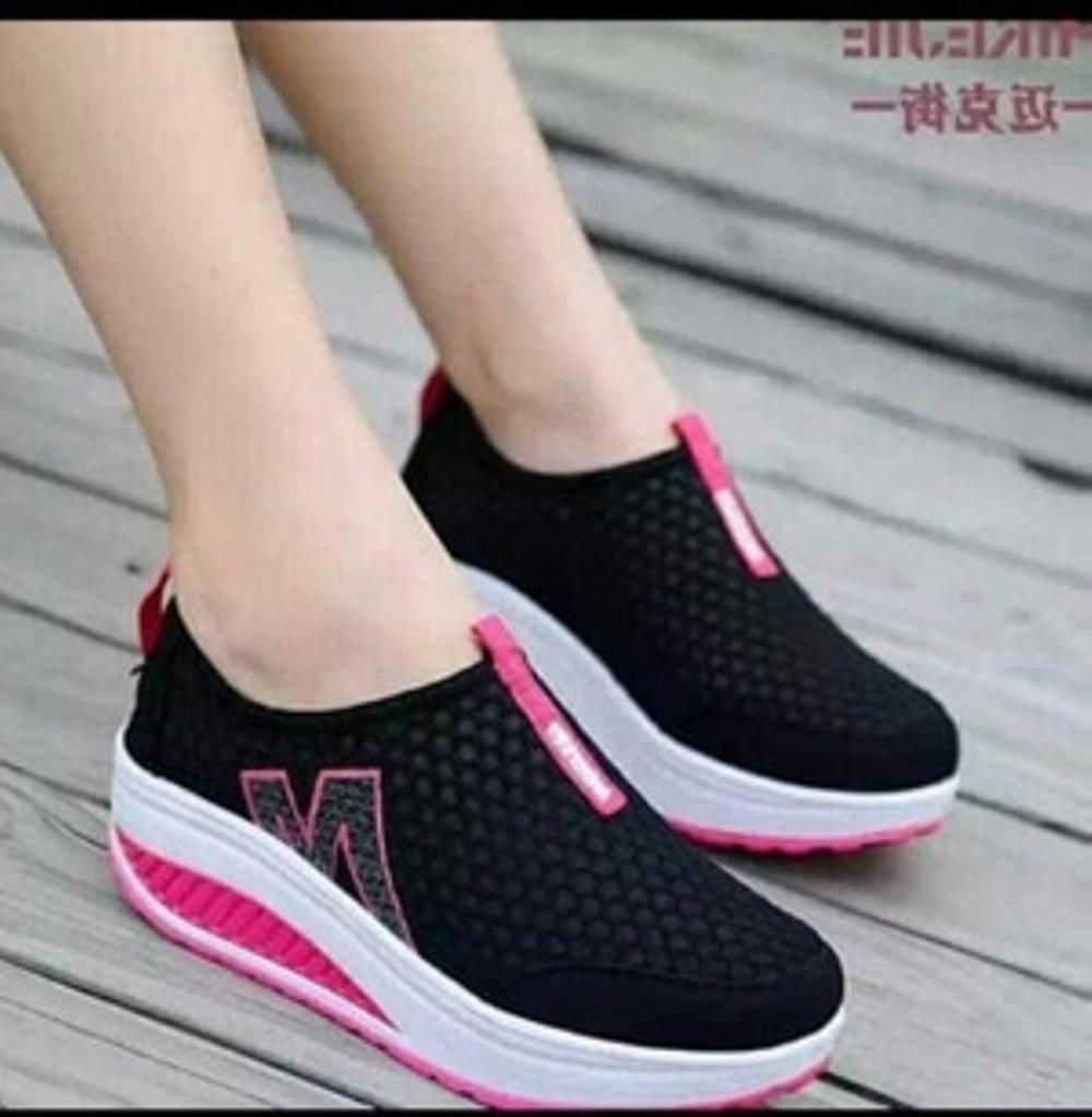 Kelebihan Sepatu Snaekers Wanita Slip On M Hitam Terkini Daftar Jaring Sp62