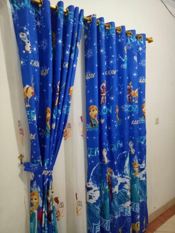 Tirai Pintu Jendela Gorden Hordeng Gordeng Gordyn Korden Kordeng Curtain Karakter Motif Kartun Doraemon Hello Kitty