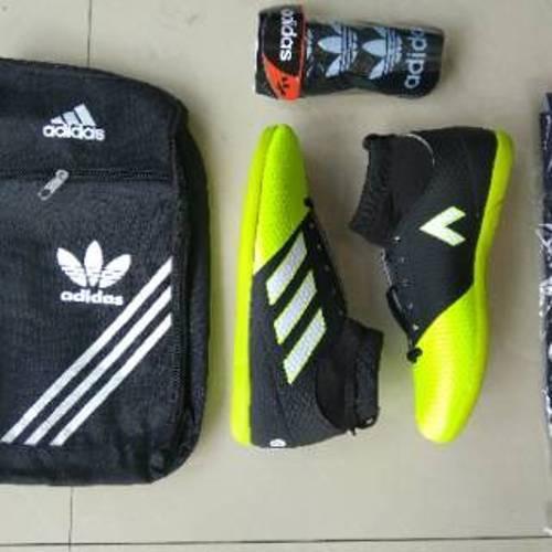 Jual Paket Komplit Sepatu Futsal Boots Merah Hitam Sepatu Futsal Keren Murah
