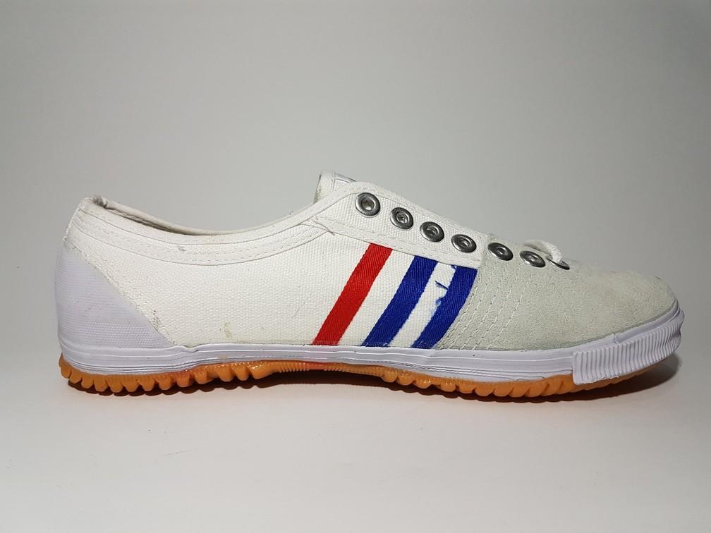 ... Sepatu Kodachi 8111 Putih Sepatu Capung Sepatu Badminton Sepatu Volle - 5