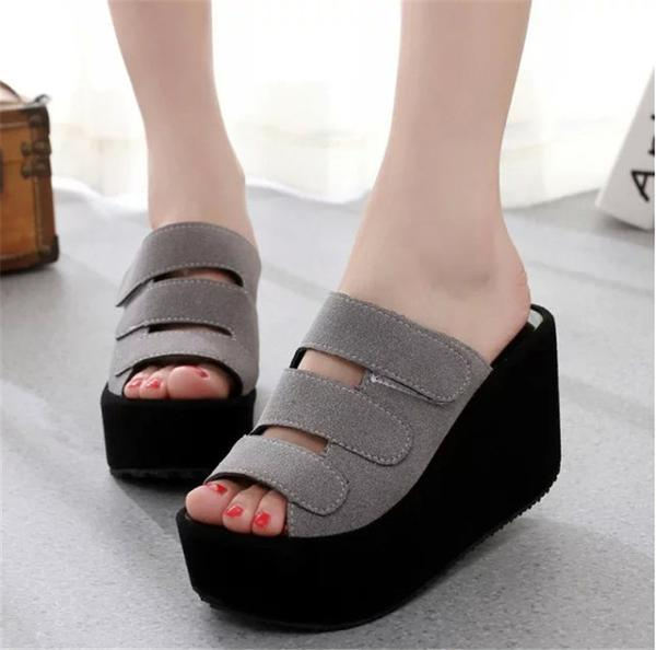 Sandal Wedges Sandal Kokop - Abu-abu