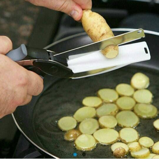Detail Gambar Pisau Master Cheff / Sampt Cuttep / 2 in 1 Pisau Talenan Gunting Makan Terbaru