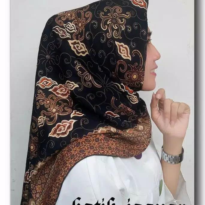 SB Collection Jilbab Segi Empat Dea Hijab Kerudung Trendy Sutera Batik  Wanita All Size Cokelat cf7d65bc42