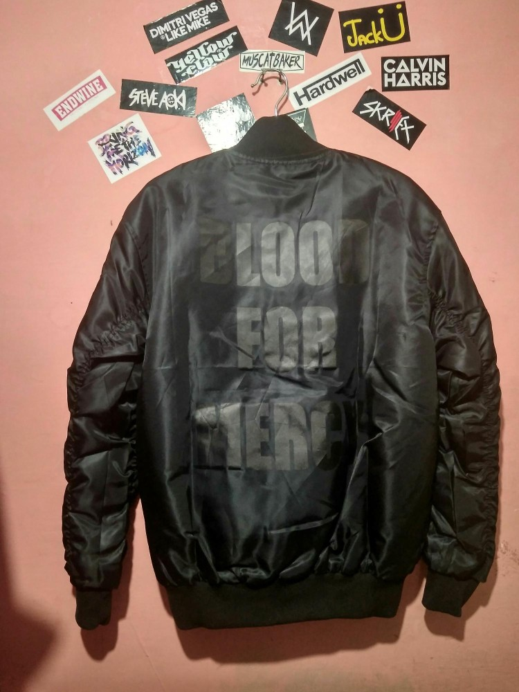 Jaket Bomber Barong Family X Yellow Claw