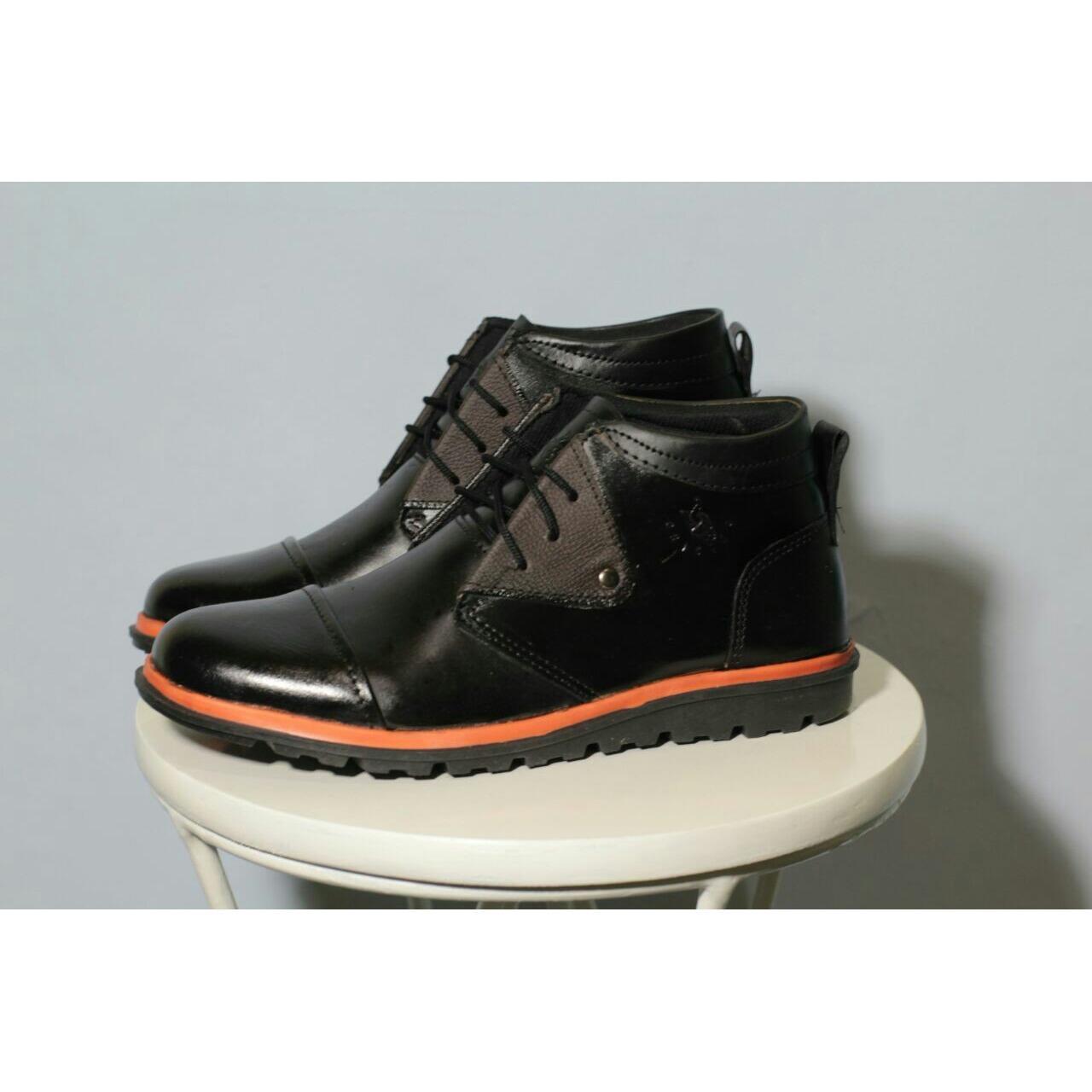 Sepatu Chicago Boots Kulit (Sepatu Gunung ,Traveling ,Santai ,Kerja ,Kantor
