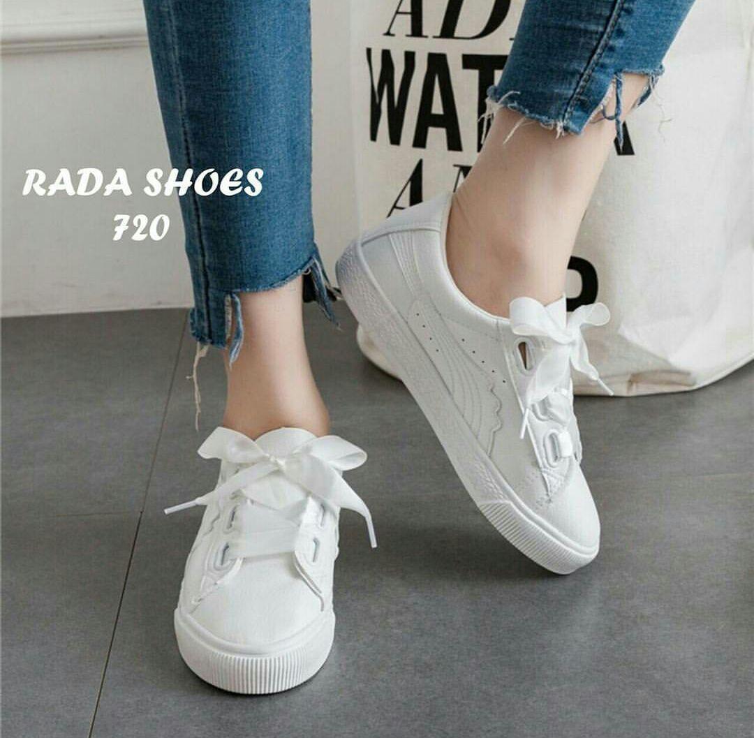 Sepatu Sneakers Wanita Tali Pita