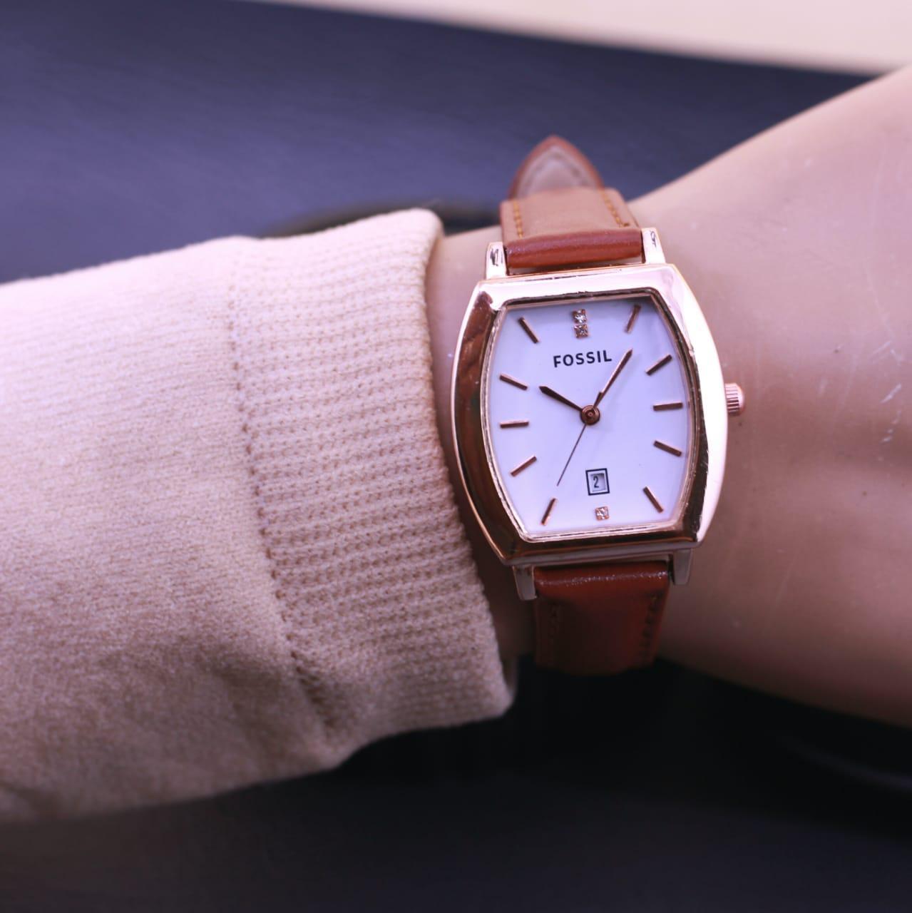 Jam Tangan Fashion Wanita Terbaru Fossil Fs772 77l Daftar Harga Perfect Boyfriend Multifunction Es4146 Detail Gambar Kulit Tgl Aktif