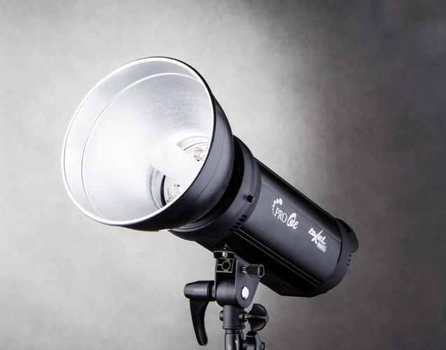 Professional Studio Flash Built-In Wireless Receiver Pro One SU-800i dengan Standard Reflector