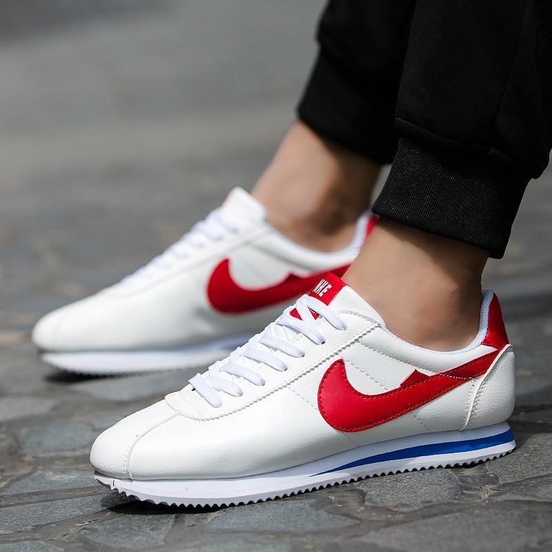 Korea Fashion Style Pijakan Empuk Muda Siswa Pria Sepatu Running Sepatu Cortez Nike (825 Putih Dan Merah (Model Pasangan))