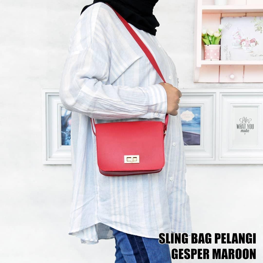 Slingbag Ubercaren 0002 Black Daftar Harga Terlengkap Indonesia 0025 Brown Tas Wanita Sling Bag Pelangi Gesper Maroon 3