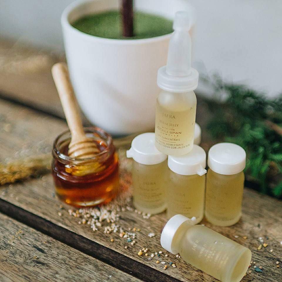 Kelebihan Jafra Royal Jelly Vitamin Infusions Spot Serum With Vit C Theraskin Lift Concentrate Original 100 1 Botol