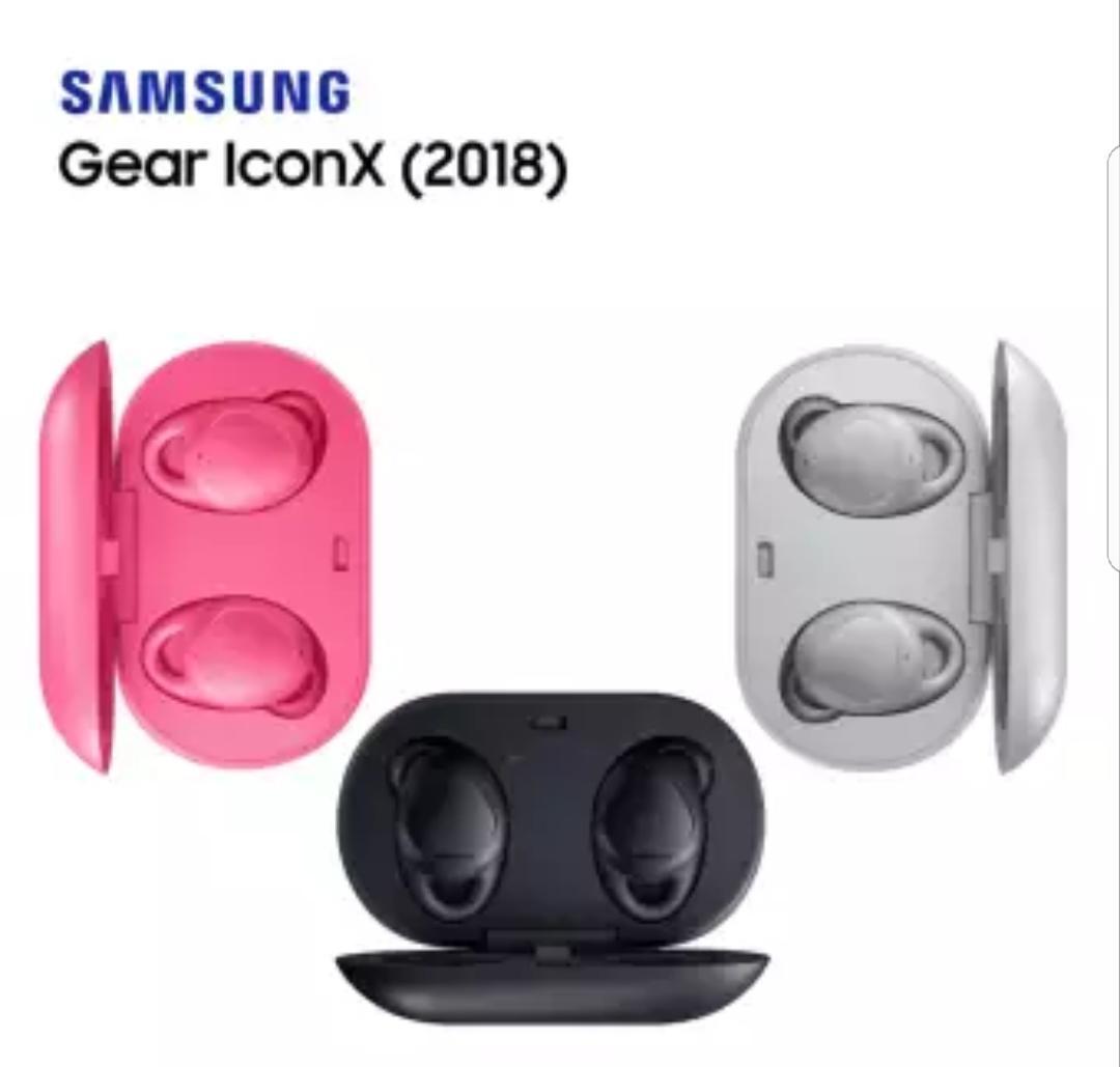 Fitur Samsung Gear Iconx 2018 Garansi Resmi Sein Dan Harga Terkini Galaxy A8 Hitam Detail Gambar Terbaru