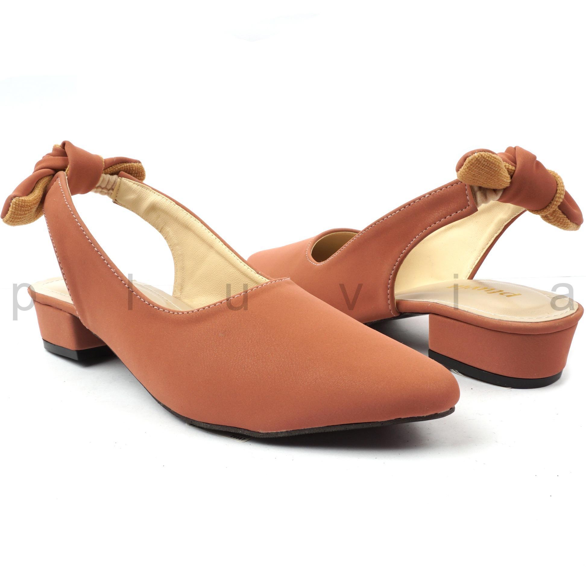 Review Pada Pluvia Harriet Sepatu Midi High Heels Wanita Ht05