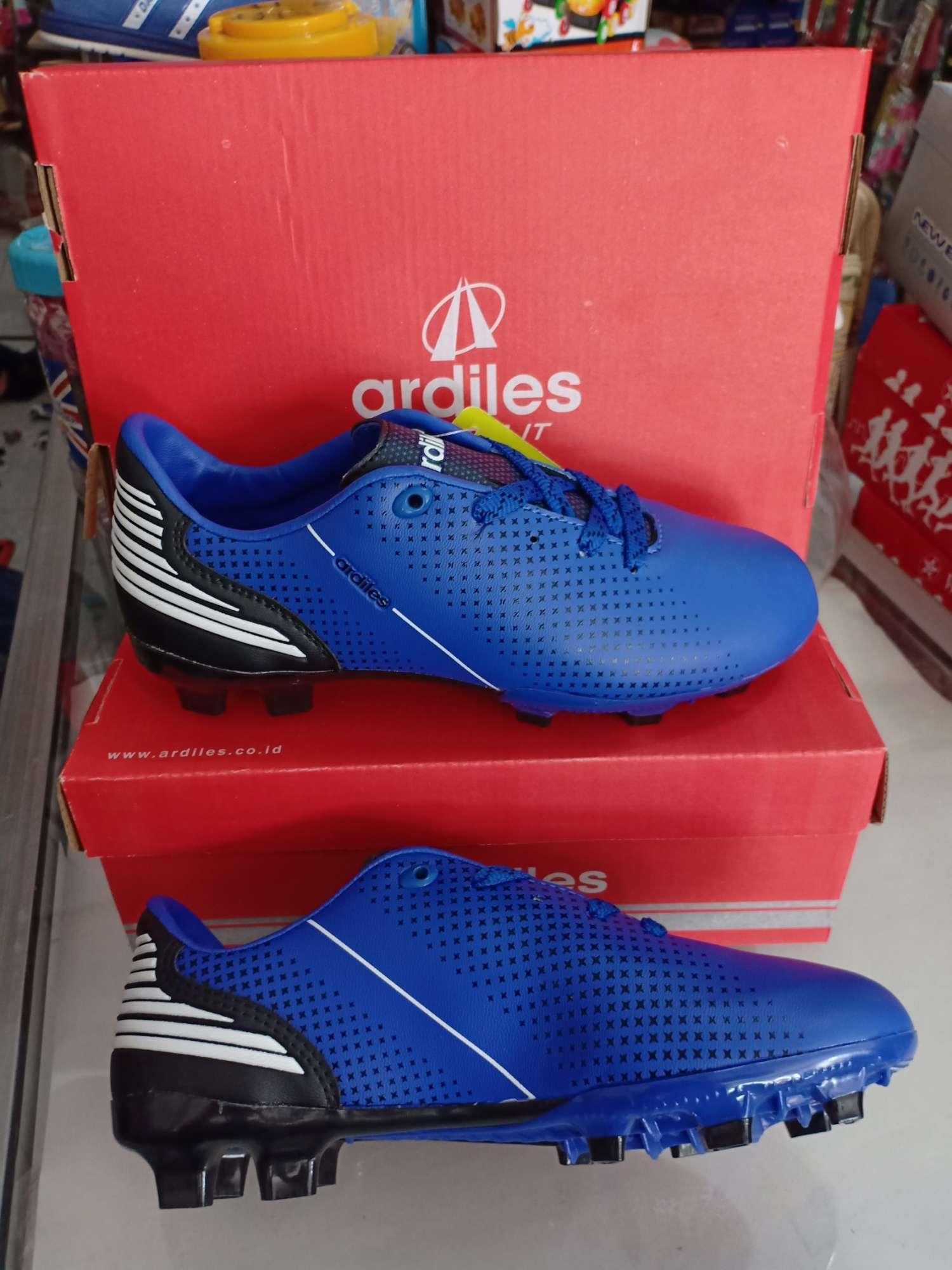 Review Ardiles Men Mbappe Sc Sepatu Soccer Dan Harga Terbaru ... e2961bfc98