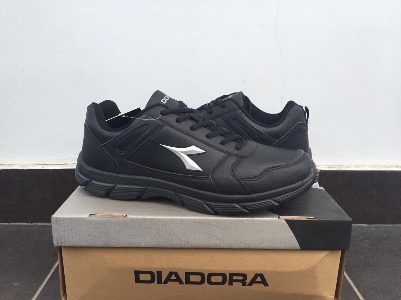 harga Sepatu Diadora Datto Black Men Lazada.co.id