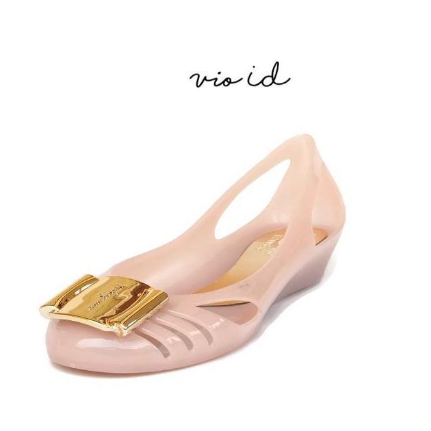 Bara ~ Bara - Flat Shoes Jelly Wanita Aksen Gold VIO700100 - 2 .
