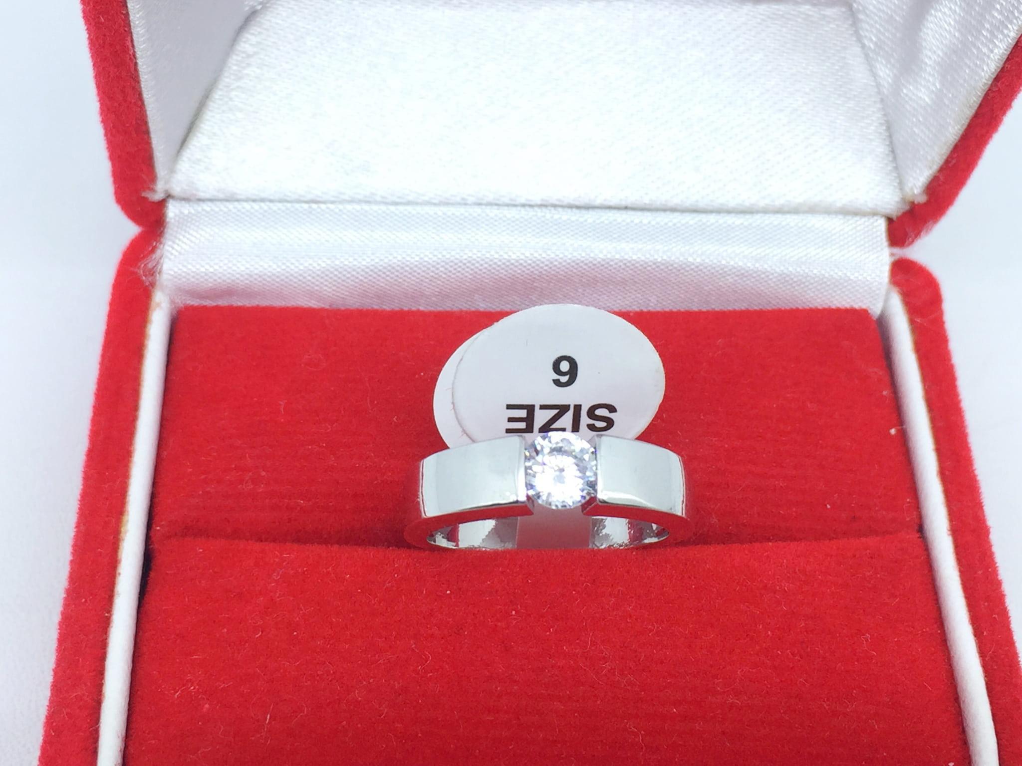 Diskon Promo Perhiasan Aksesoris Cincin Silver Lapis Emas Putih Pria Wanita Batu Berlian Putih BR174 Murah