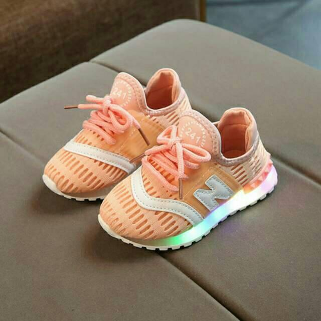 Sepatu anak LED N Sneaker