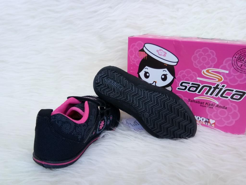 Kelebihan Sepatu Sneakers Anak Santica Akashi Tg Hitam Fushia Perempuan Pink Original By Michiko Kets Detail Gambar Terbaru