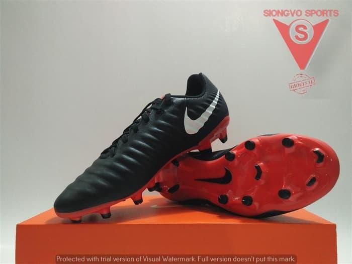 Fitur Sepatu Futsal Nike Original Legend X 7 Academy Ic Black Ah7244 ... 157d2d8bc3