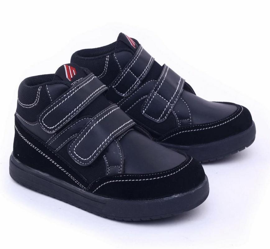 ... Daftar Harga Terbaru dan Terupdate ... - Jam Dinding Mirado 1968 B.  Source · Garsel Shoes Sepatu Boots Anak Laki-Laki Hitam - GDA 9510 0e32a097a5