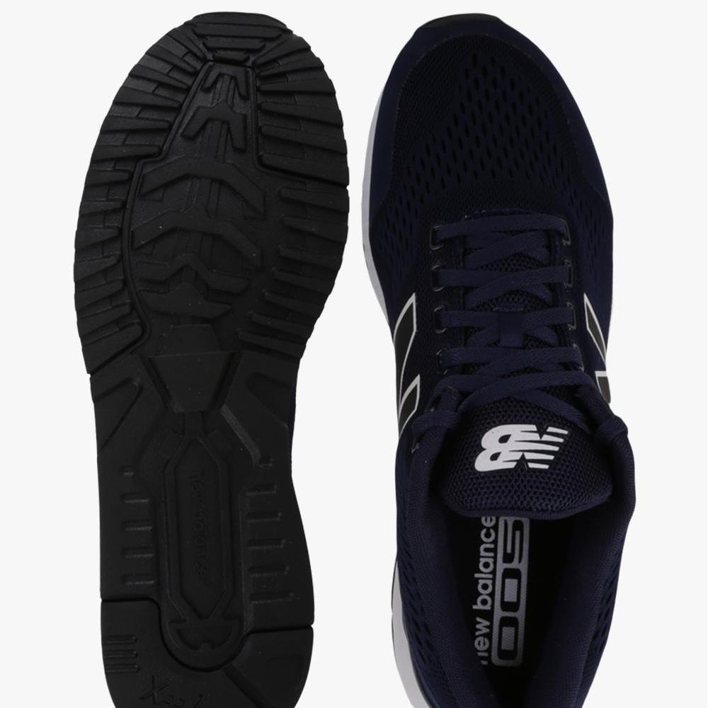New Balance 005 Men's Lifestyle Shoes - Navy .