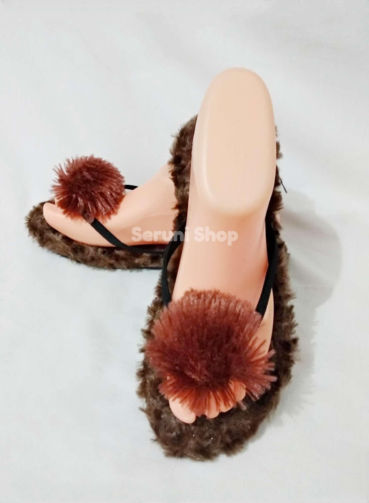 ... Seruni Flat Sandals Jepit Pom Pom Bulu Cokelat - 4