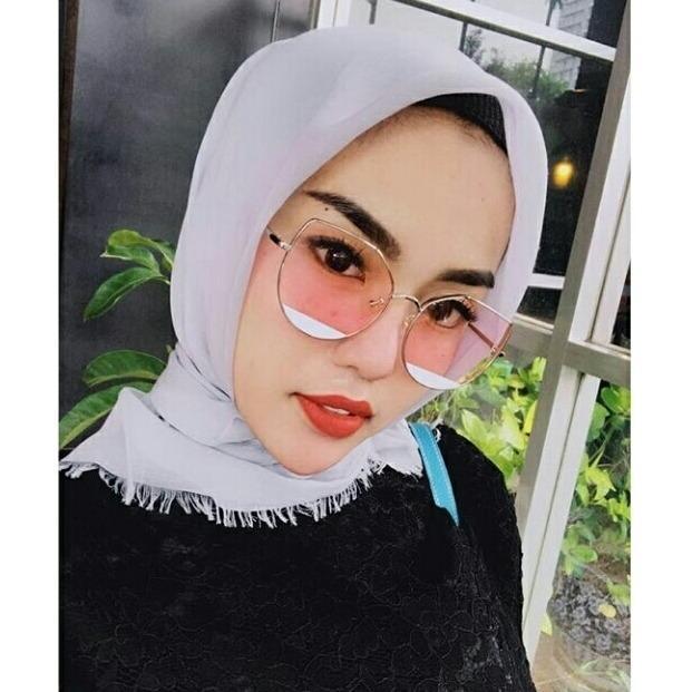 Kacamata hitam wanita import murah obral Sunglass artis UV400 sosialita terbaru murah import model Artis korea branded terkenal anti radiasi Hitam Sunglass woman /Alkasih