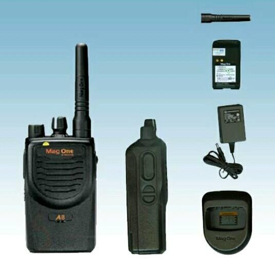 ORIGINALS  Handy Talky HT Motorola Mag One A8 VHF Radio Komunikasi