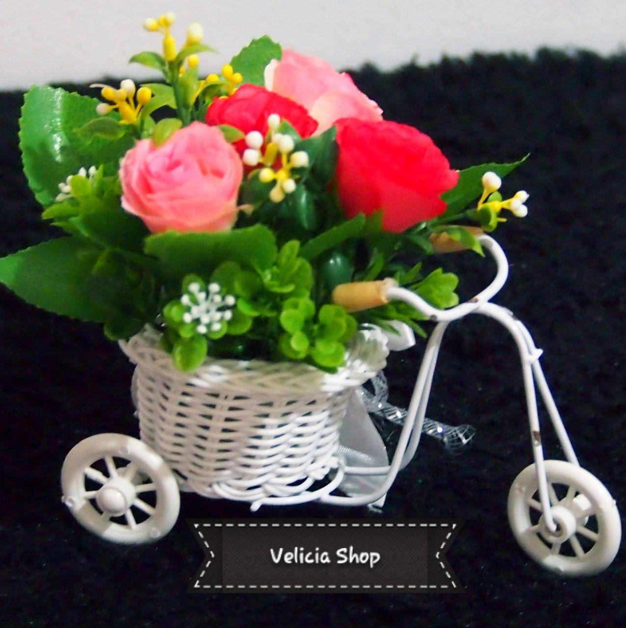Bunga Pajangan - Bunga Hias Plastik - Bunga Rose - Tanaman artifisial Pot  Sepeda Mini FFL8308 ca700a8209