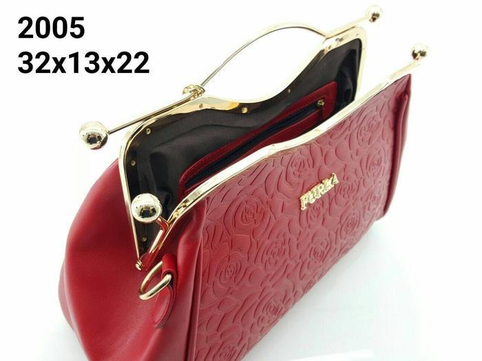 SALE... Furla Behel 2005 Bahan Leather 32x13x22 Semi Premium