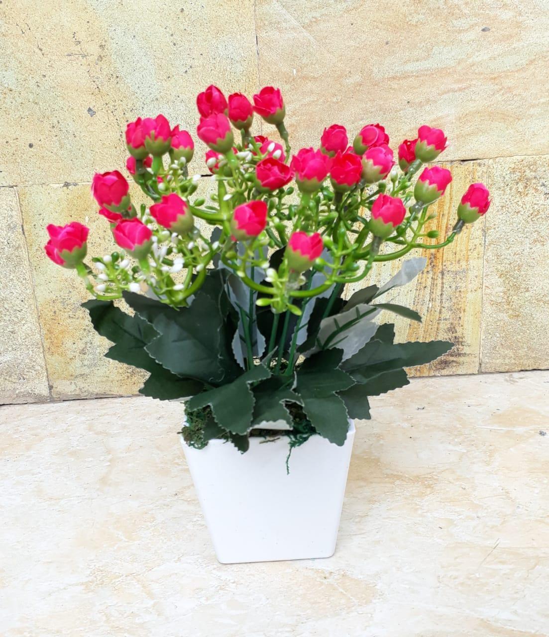 Features Bunga Plastik Bunga Artificial Hiasan Ruang Tamu Dan Kantor d0d6fab819