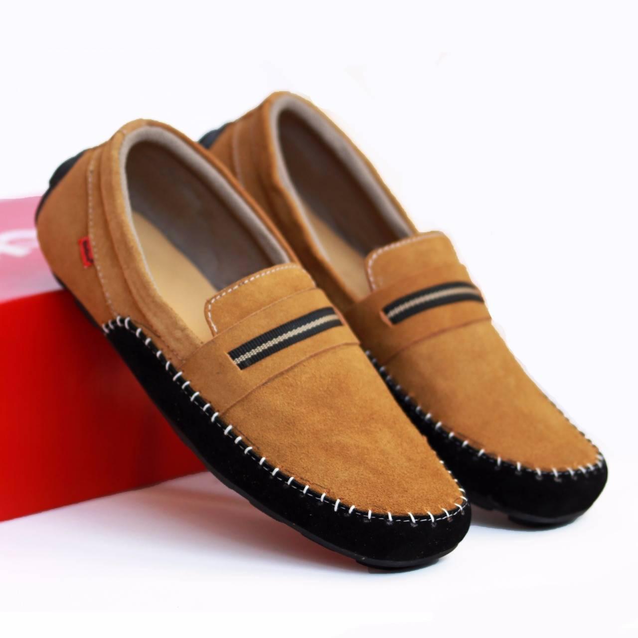 Promo Terlengkap Sepatu Kulit Pria Casual Asli Wanita Pantofel Slip Cepc Cocoes Kickers Corsa Suede On Formal Kerja
