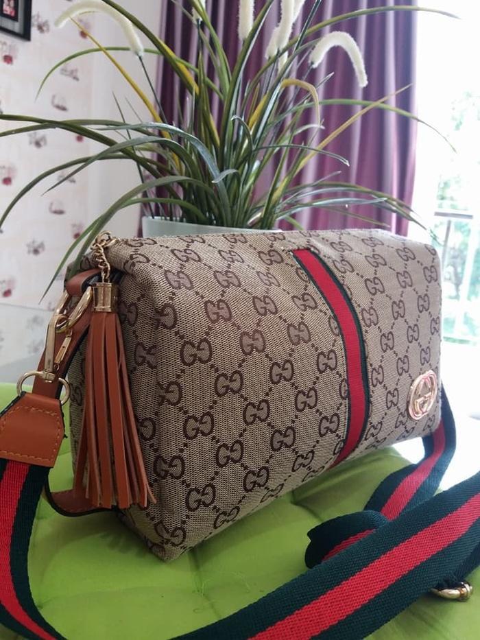Kelebihan Tas Fashion Wanita Gucci Cervo 3in 1 Kanvas Set Dompet I ... 7c948a9133