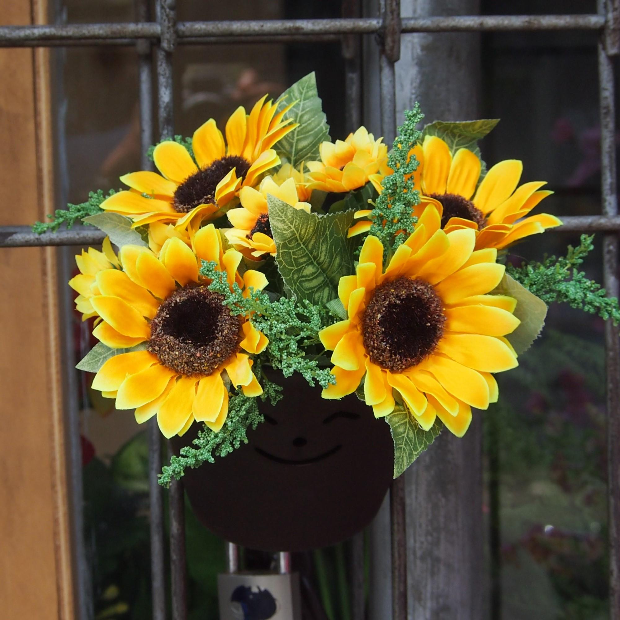 Bunga Pajangan Pot Tempel - Bunga Dekorasi Dan Pajangan - Bunga Matahari - 2 0c7278981f