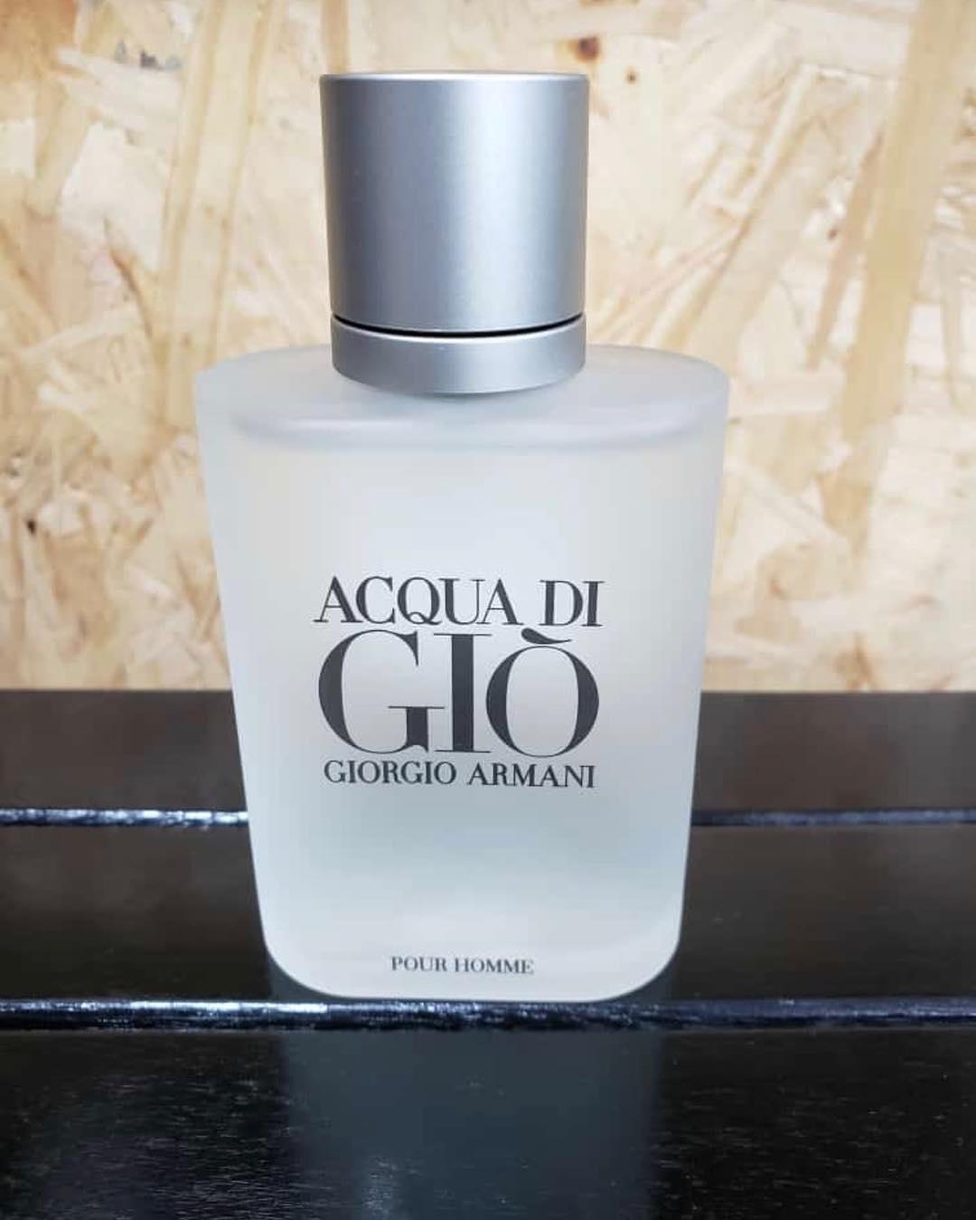 Kelebihan Parfume Pria Giorgio Armani Acqua Digio Aqua Di Gio Parfum Collar Spg 23238k16a41 Pour Homme Original Asli Eropa Untuk Aroma