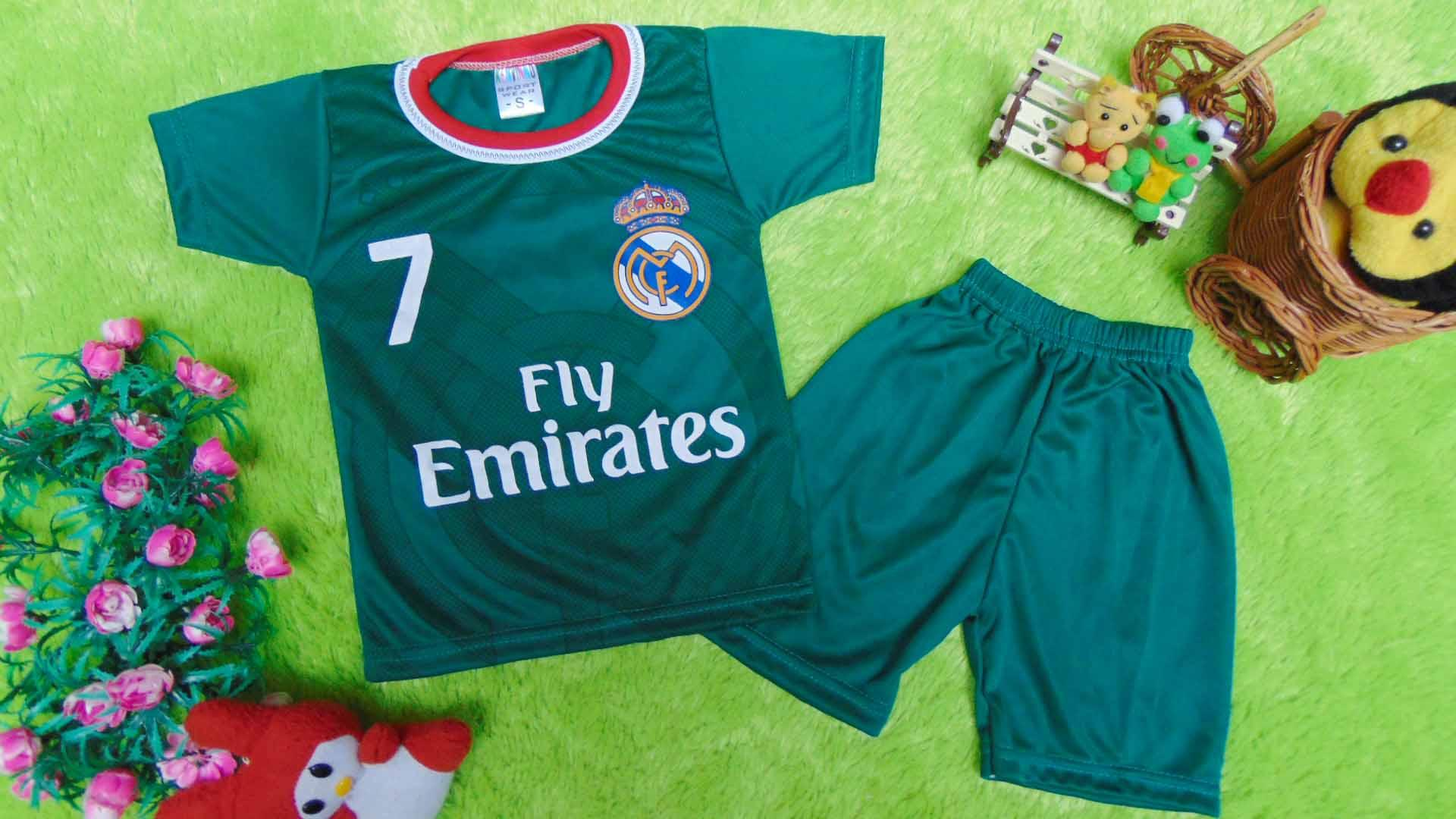 kembarshop - Setelan Baju Bola Bayi 0-12bulan Real Madrid Hijau