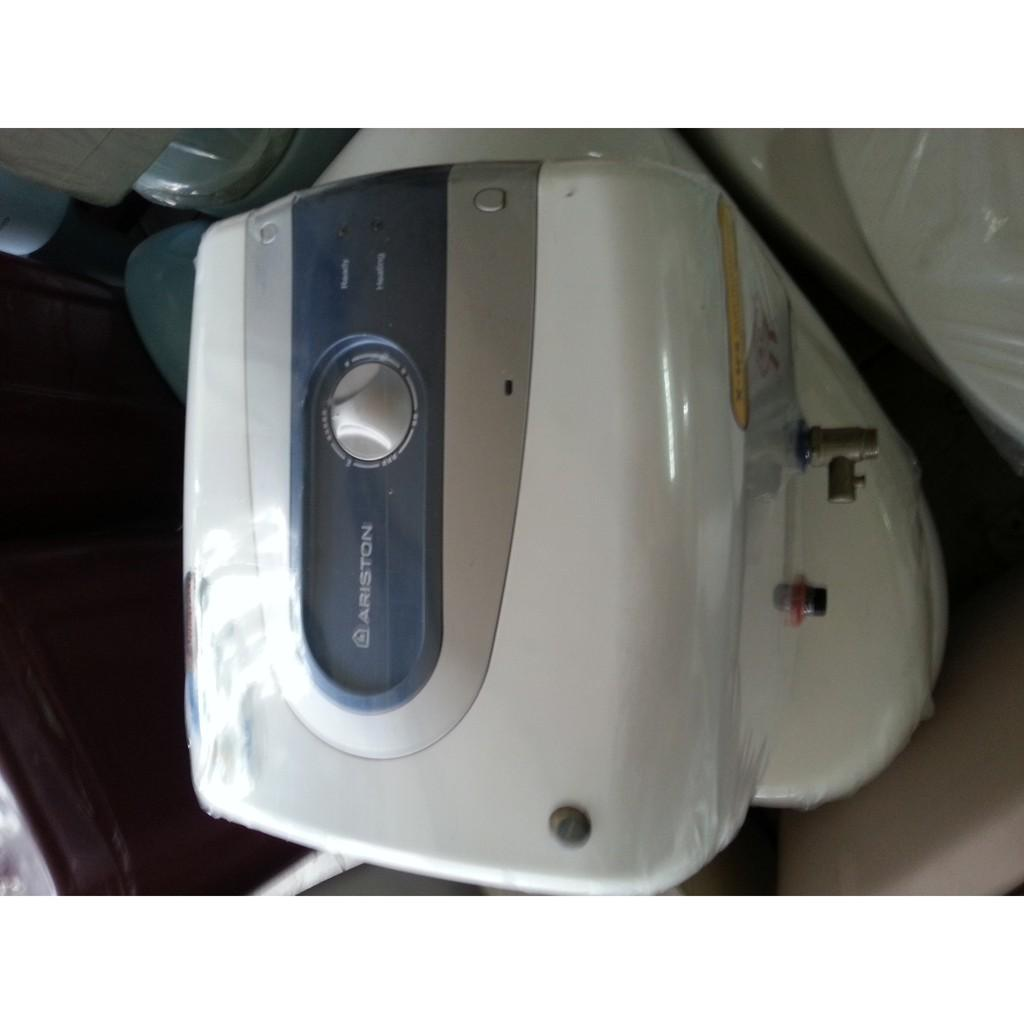 Kelebihan Water Heater Pemanas Air Listrik Ariston Andris 30 Liter Modena Es 10 A Ti Pro 15