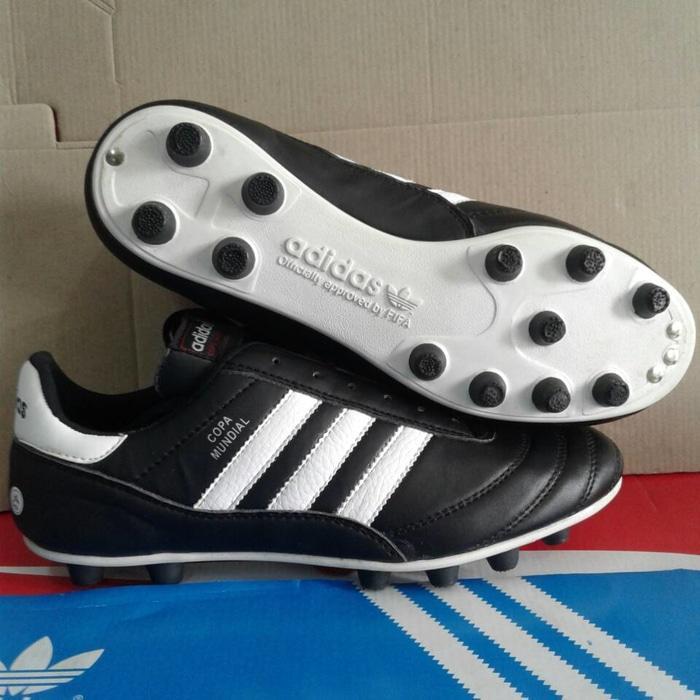 Cek Harga Baru Paket Ekonomis Murah Sepatu Bola Copa 18 Fg Black ... 6731fbee6e