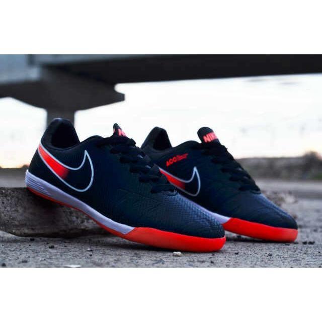 Ulasan Mengenai Terlaris Sepatu Futsal Import