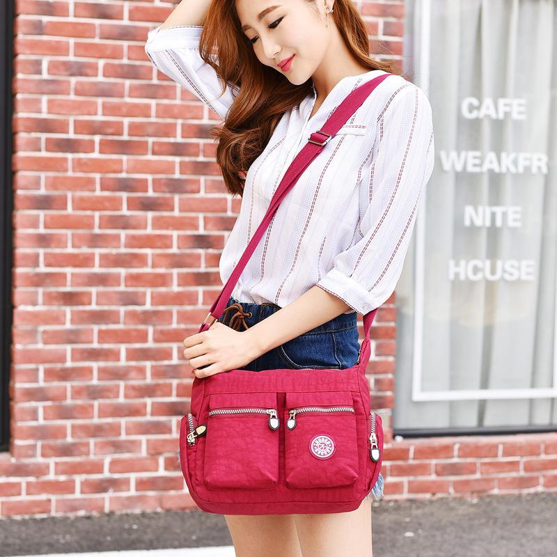 Detail Gambar Pasta Clutch Bag Compact Untuk Tas Wanita Bahu Nilon Tahan Air Tas Wanita Tas