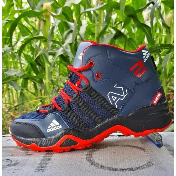 PROMO BESAR Sepatu Boots Olahraga Ax2 Goretex Ori Premium Sepatu Basket  Badminton fb7a56a581