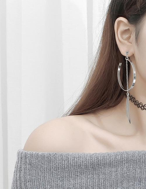 LRC Anting Tusuk Fashion Silver Color Round Shape Decorated Tassel Earrings